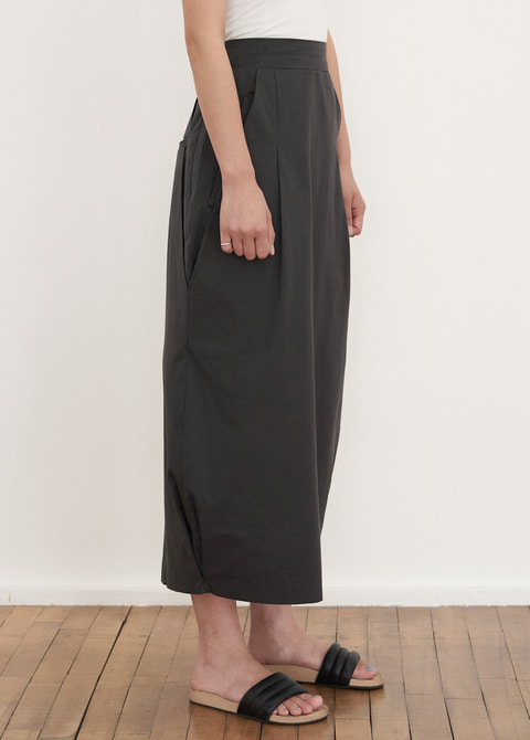 PINTUCK SKIRT - 2COLOR